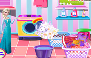 Juego Elsa Washing Dirty Clothes